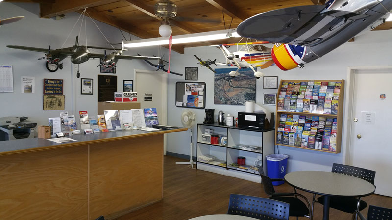 Pacific Coast Flyers - Flying Club and Aviation Community